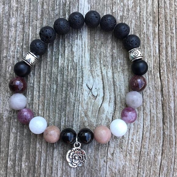 Jewelry - Power bracelet for happiness
